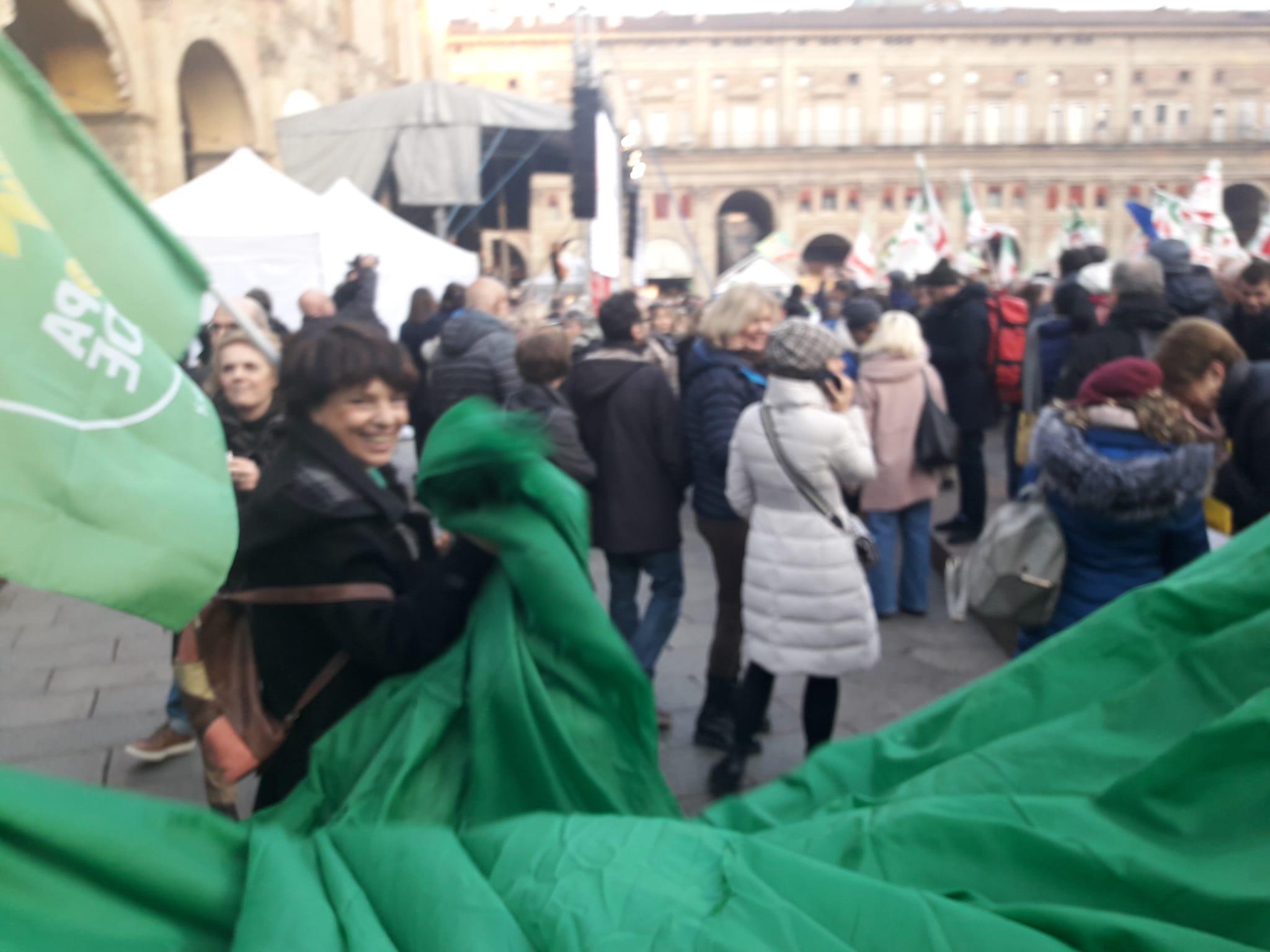 L'ONDA VERDE DEI VERDI-EUROPA VERDE EMILIA-ROMAGNA IN PIAZZA A BOLOGNA CON IL CENTROSINISTRA